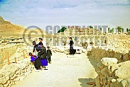 Qumran Rooms 011