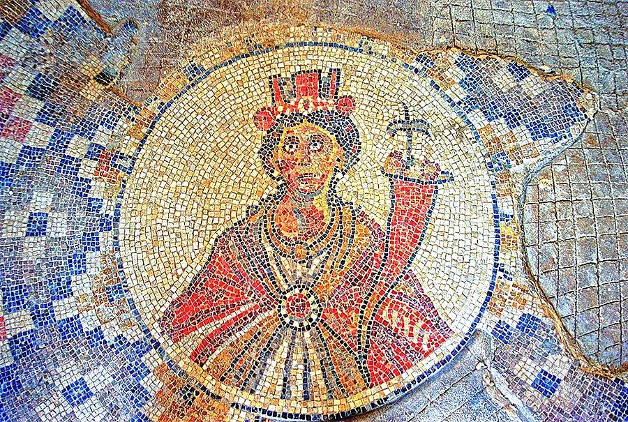 Beit She'an Sigma Mosaic 001