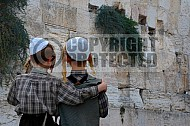 Kotel Children Praying 004