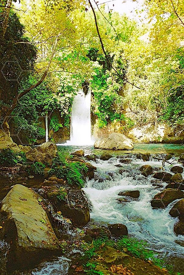 Banyas Waterfall 005