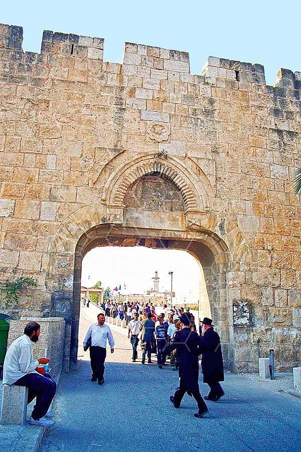 Jerusalem Old City Dung Gate 008