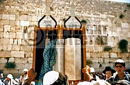 Kotel Torah Praying 025