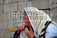 Kotel Blowing The Shofarf 010