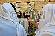 Kotel Torah Praying 023