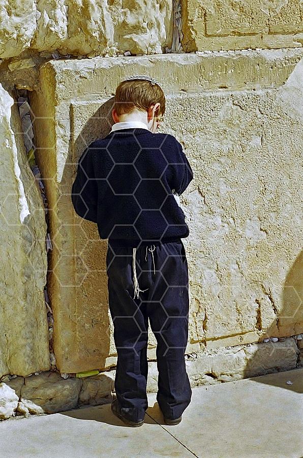Children Praying 0008a