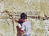 Kotel Children Praying 017