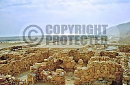 Qumran Rooms 003