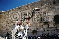 Kotel Blowing The Shofarf 018