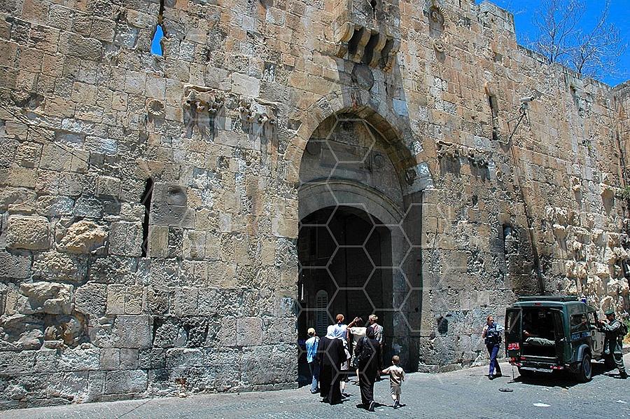 Jerusalem Old City Lions Gate 005