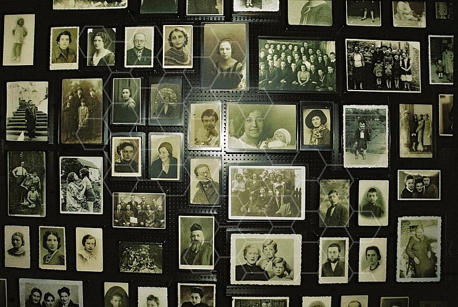 Birkenau Prisoners 0016