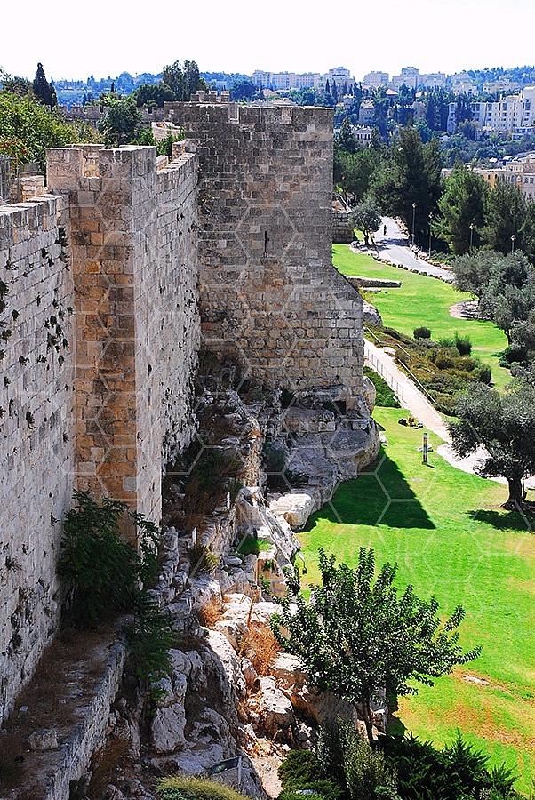 Jerusalem Old City Walls 037