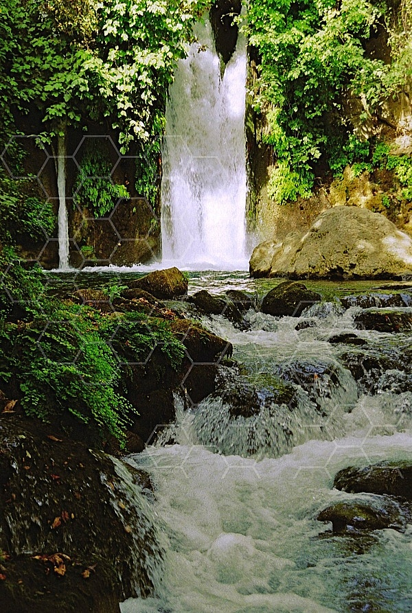 banias waterfall 0010