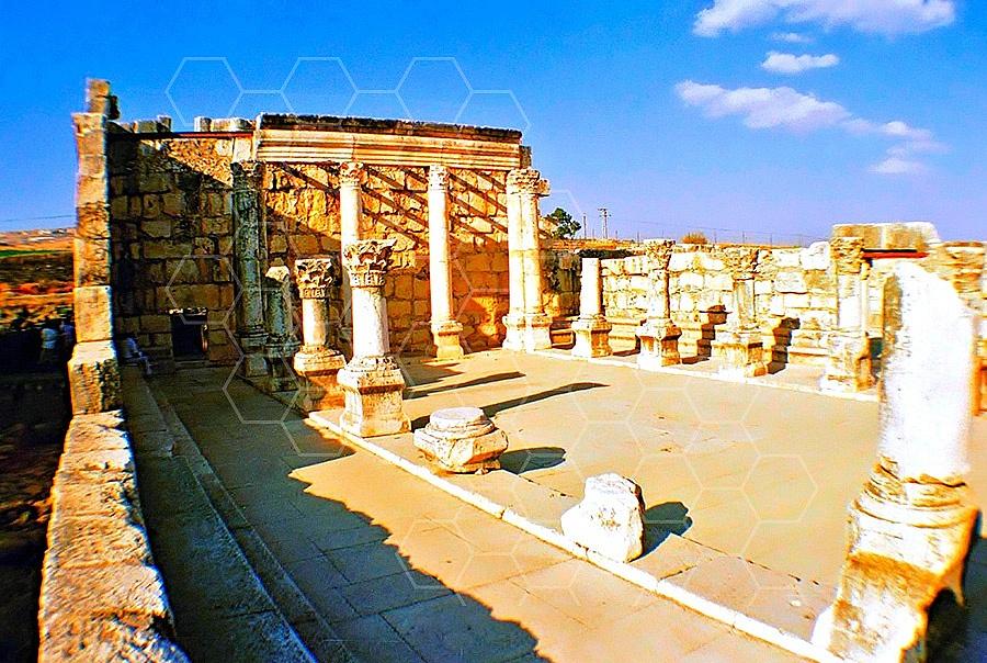Kfar Nachum - Capernaum Synagogue 012