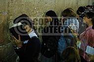 Kotel Women Praying 022