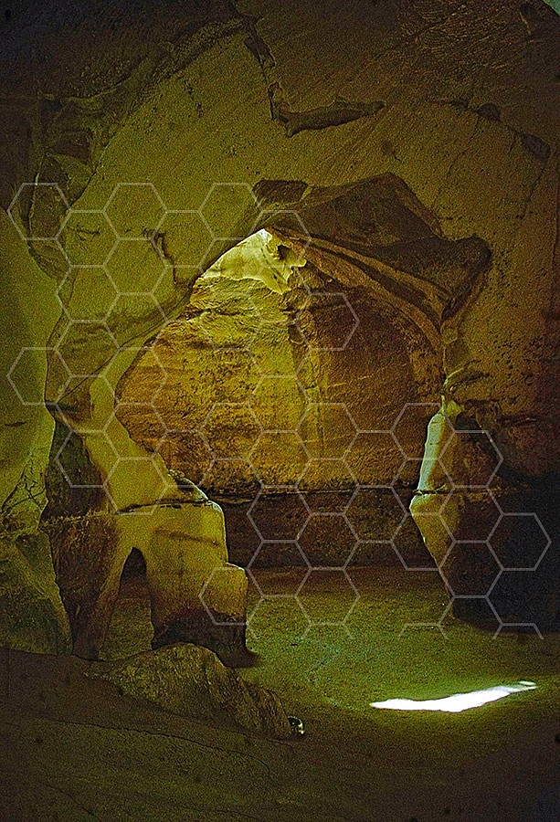Beit Guvrin Bell Cave 007
