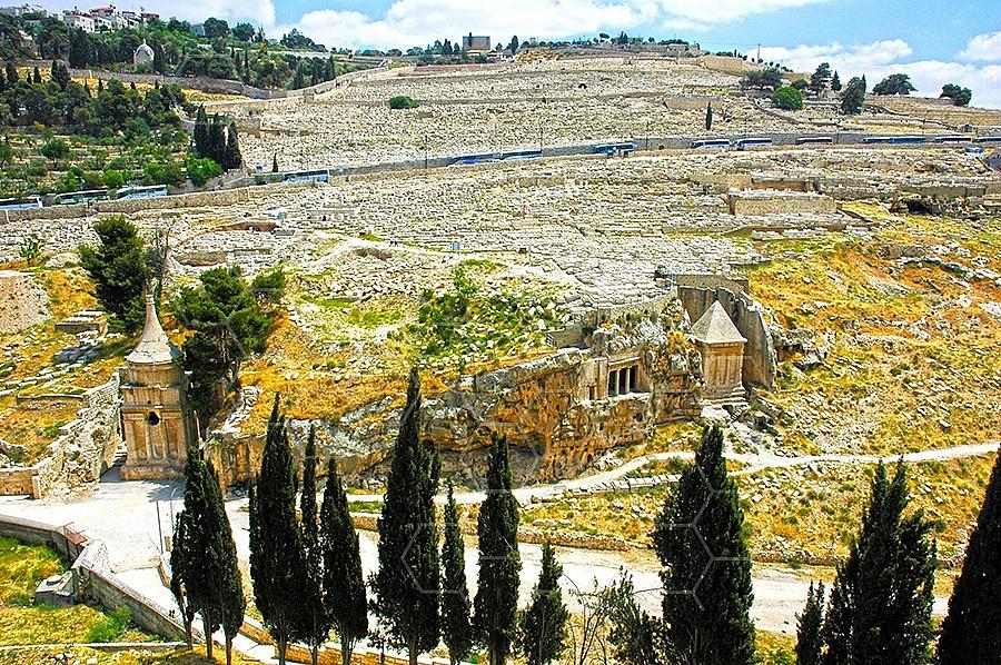 Jerusalem Absalom Tomb 006
