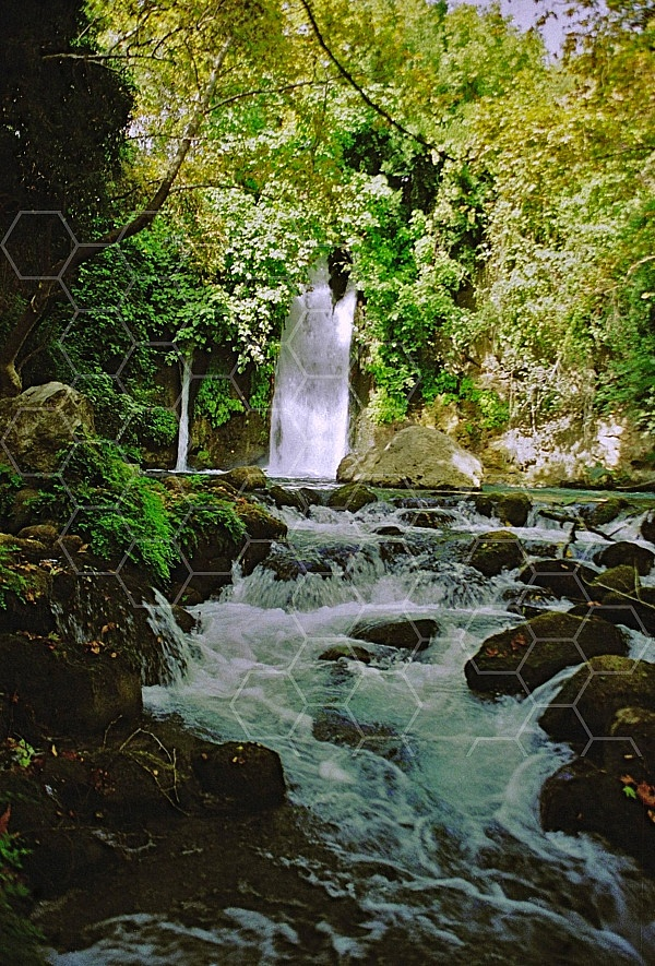 banias waterfall 0009