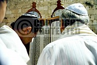 Kotel Torah Praying 030