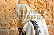 Kotel Man Praying 035