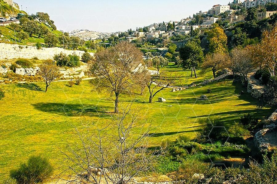 Jerusalem Valley Of Hinnom 003