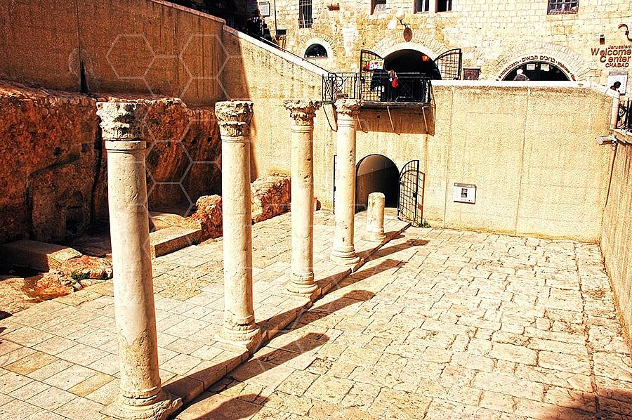 Jerusalem Old City Cardo 004