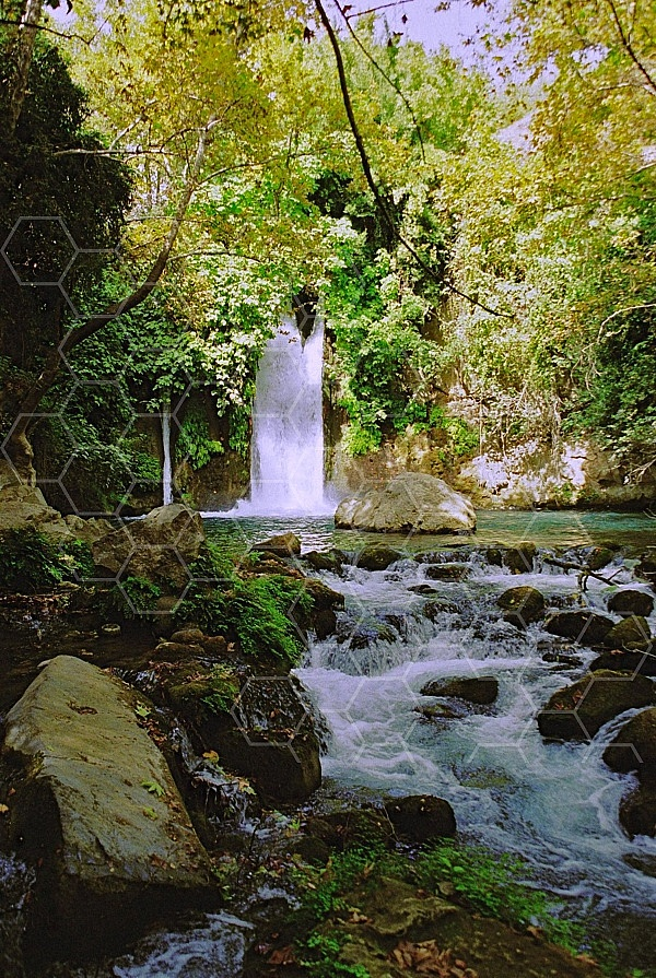 banias waterfall 0011