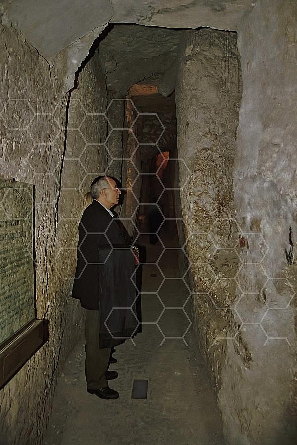Kotel Tunnel 0002