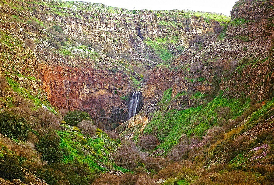 Gamla Waterfall 001