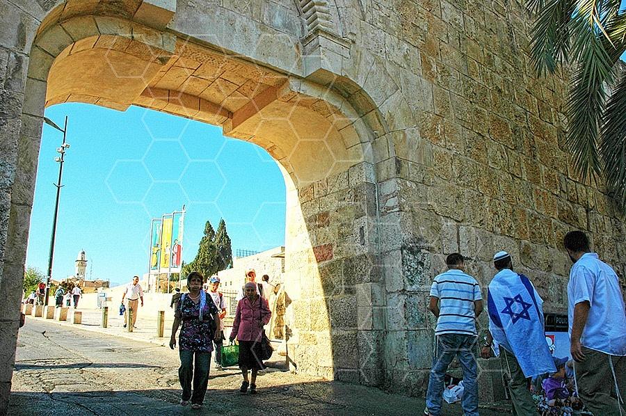 Jerusalem Old City Dung Gate 002
