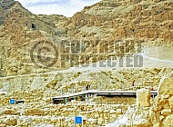 Qumran Rooms 006