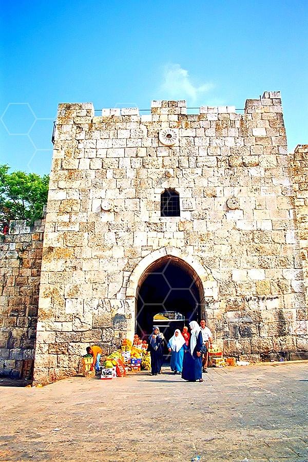 Jerusalem Old City Herods Gate 006
